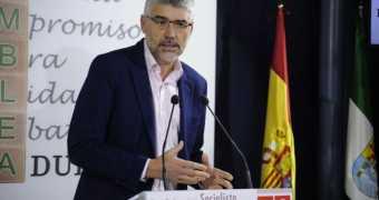En Extremadura, Podemos acaba abrazado a la izquierda que tanto le gusta a la derecha